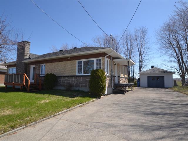 Maison à vendre à Saint-Bruno, Saguenay/Lac-Saint-Jean, 307, Avenue  Saint-Alphonse, 14719081 - Centris.ca