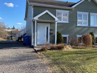Maison à vendre à Saguenay (Chicoutimi), Saguenay/Lac-Saint-Jean, 134, Rue  Sainte-Hélène, 22184317 - Centris.ca