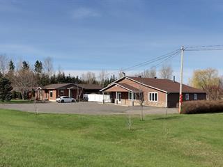 Immeuble à revenus à vendre à Kingsey Falls, Centre-du-Québec, 383C, Route  116, 15679524 - Centris.ca