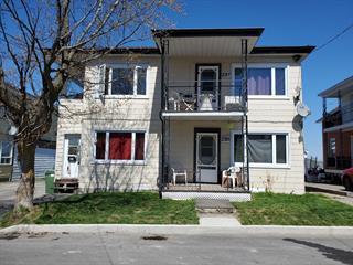 Triplex for sale in Asbestos, Estrie, 235 - 237, Rue  Chassé, 25356177 - Centris.ca
