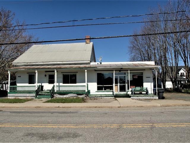 Duplex for sale in Sainte-Monique (Centre-du-Québec), Centre-du-Québec, 285 - 305, Rue  Principale, 19032276 - Centris.ca