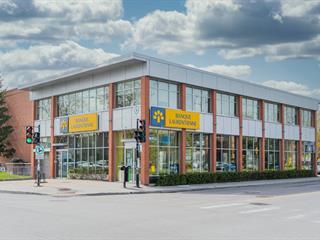 Bâtisse commerciale à vendre à Montréal (Villeray/Saint-Michel/Parc-Extension), Montréal (Île), 7190 - 7192, boulevard  Saint-Michel, 17779537 - Centris.ca
