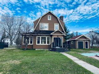 House for sale in Alma, Saguenay/Lac-Saint-Jean, 1700, Avenue  Davis, 26099955 - Centris.ca