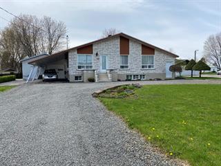 Maison à vendre à Sainte-Ursule, Mauricie, 1295, Rue  Principale, 20573660 - Centris.ca