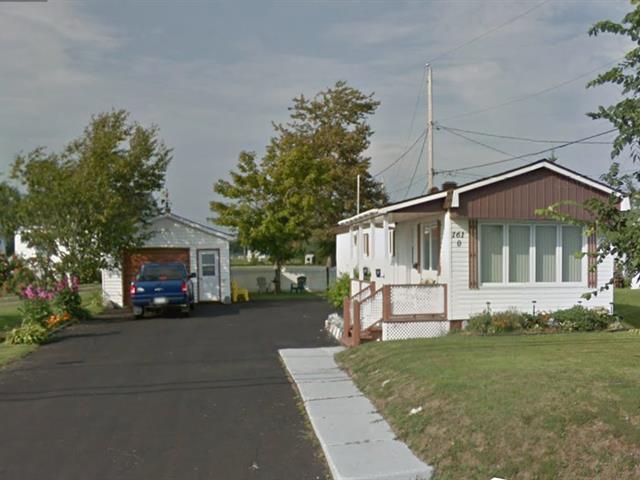 Mobile home for sale in Saint-Siméon (Gaspésie/Îles-de-la-Madeleine), Gaspésie/Îles-de-la-Madeleine, 161, boulevard  Perron Ouest, 25818774 - Centris.ca