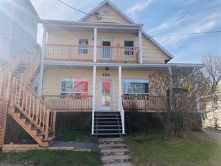 Maison à vendre à Saguenay (Chicoutimi), Saguenay/Lac-Saint-Jean, 684, Rue  Taché, 20715934 - Centris.ca