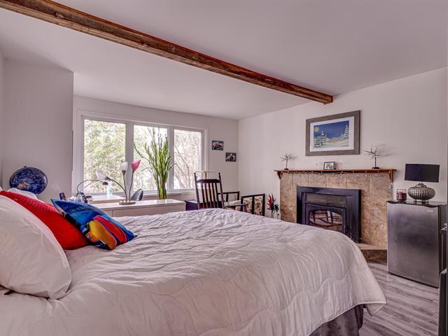 Duplex à vendre à Sainte-Adèle, Laurentides, 28 - 30, Rue  Pilon, 25032365 - Centris.ca