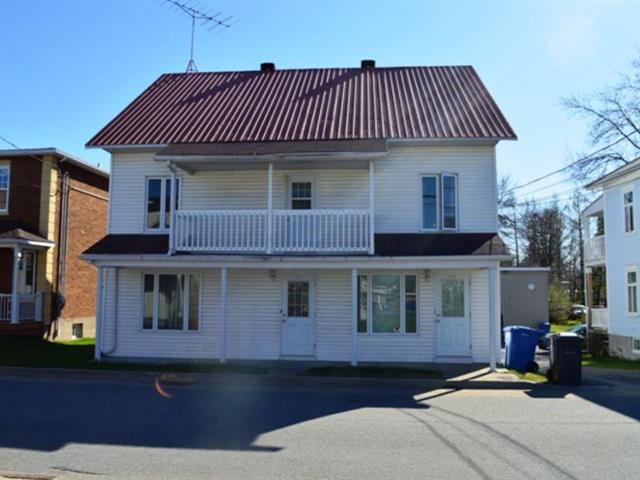 Triplex à vendre à Sainte-Anne-de-la-Pérade, Mauricie, 340 - 344, Rue  Sainte-Anne, 10973971 - Centris.ca