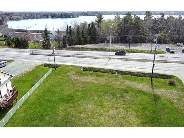 Lot for sale in Sherbrooke (Brompton/Rock Forest/Saint-Élie/Deauville), Estrie, boulevard  Bourque, 19427878 - Centris.ca