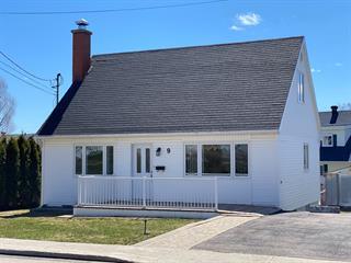 Maison à vendre à Baie-Comeau, Côte-Nord, 9, Avenue du Père-Garnier, 25378067 - Centris.ca