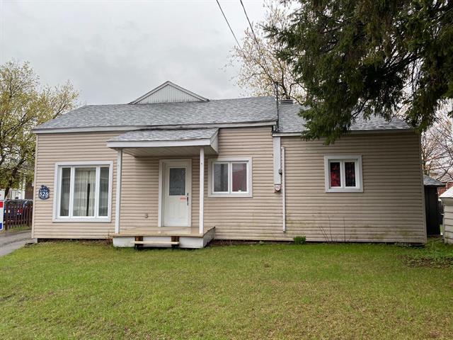 Maison à vendre à Saint-Jérôme, Laurentides, 828, boulevard  Saint-Antoine, 9675063 - Centris.ca