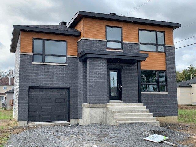 Maison à vendre à Lachute, Laurentides, 287, Rue  Émilien, 12254266 - Centris.ca