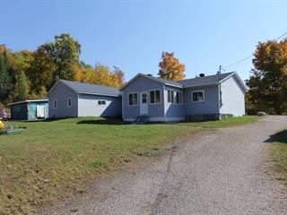 Maison à vendre à Low, Outaouais, 5, Chemin  Simon, 26288519 - Centris.ca