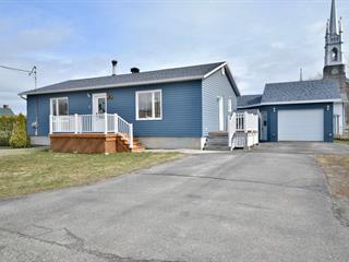 Maison à vendre à L'Isle-Verte, Bas-Saint-Laurent, 5, Rue  Gauvreau, 12235537 - Centris.ca