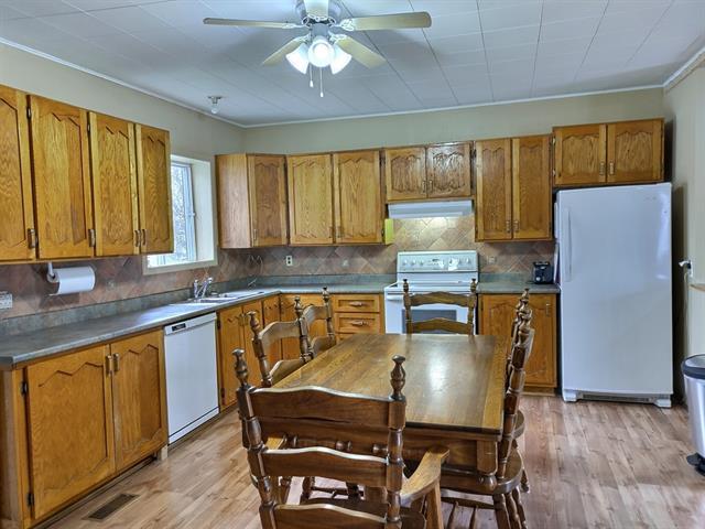 Maison à vendre à Sainte-Brigide-d'Iberville, Montérégie, 446Z - 448Z, Rue  Principale, 9526686 - Centris.ca