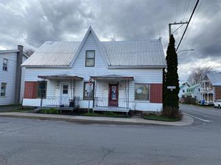 Duplex for sale in Massueville, Montérégie, 808 - 814, Rue  Royale, 16530639 - Centris.ca