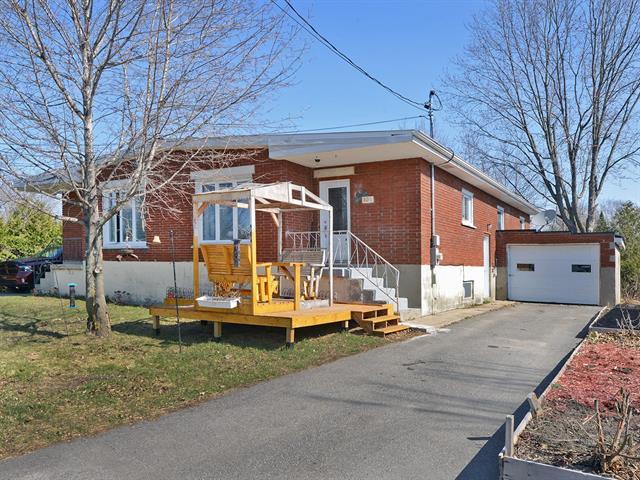 Duplex à vendre à Hinchinbrooke, Montérégie, 103 - 105, Avenue  Kennedy, 27225558 - Centris.ca