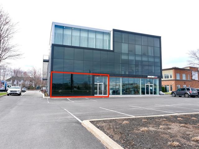 Commercial unit for rent in Terrebonne (Terrebonne), Lanaudière, 3235, boulevard de la Pinière, suite 101, 22432239 - Centris.ca