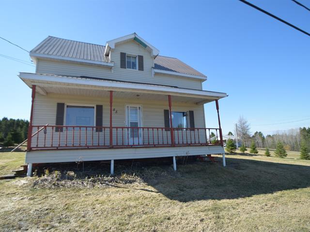 Maison à vendre à Notre-Dame-des-Bois, Estrie, 55, Rue  Principale Ouest, 24468901 - Centris.ca