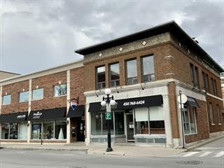 Immeuble à revenus à vendre à Saint-Hyacinthe, Montérégie, 1900 - 1910, Rue des Cascades Ouest, 28736854 - Centris.ca