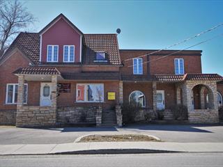 Bâtisse commerciale à vendre à Cowansville, Montérégie, 104 - 110, Rue  Church, 10803748 - Centris.ca