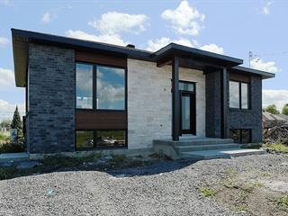 House for sale in Oka, Laurentides, 32, Rue du Hauban, 14400352 - Centris.ca
