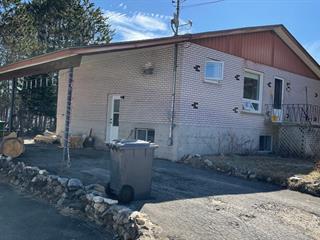 Maison à vendre à Labelle, Laurentides, 11 - 15, Rue  Godard, 12696215 - Centris.ca
