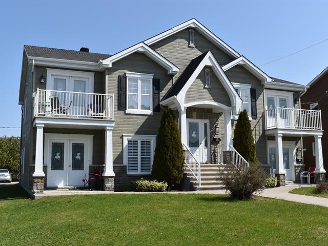 Quadruplex à vendre à Lachute, Laurentides, 69 - 71, boulevard  Tessier, 20689234 - Centris.ca