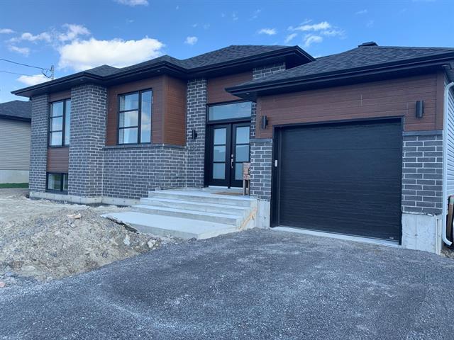 House for sale in Oka, Laurentides, Rue du Hauban, 23044755 - Centris.ca