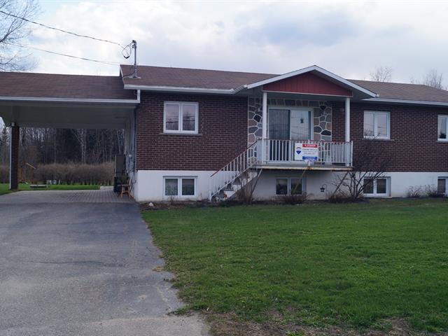 Bâtisse commerciale à vendre à Mont-Laurier, Laurentides, 429Z - 431Z, boulevard des Ruisseaux, 13549504 - Centris.ca