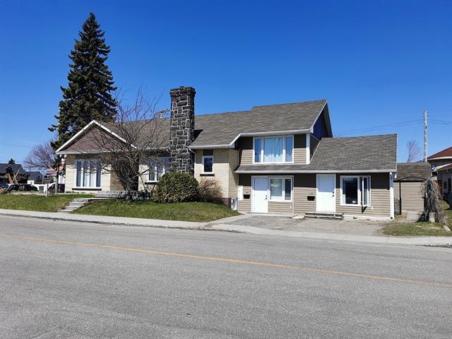 Quadruplex à vendre à Roberval, Saguenay/Lac-Saint-Jean, 143 - 151, Avenue  Saint-Alphonse, 26447067 - Centris.ca