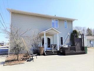 Duplex for sale in Desbiens, Saguenay/Lac-Saint-Jean, 850 - 852, Rue  Hébert, 19089600 - Centris.ca