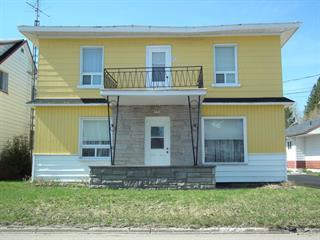 Duplex à vendre à Saint-Marc-des-Carrières, Capitale-Nationale, 901 - 903, Avenue  Principale, 20019640 - Centris.ca