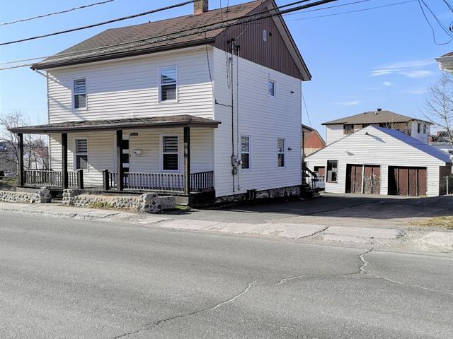 Maison à vendre à Alma, Saguenay/Lac-Saint-Jean, 745 - 747, Rue  Scott Ouest, 19416686 - Centris.ca