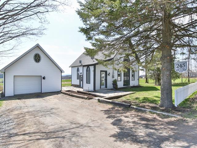 Maison à vendre à Lac-Brome, Montérégie, 245, Chemin du Centre, 28757884 - Centris.ca