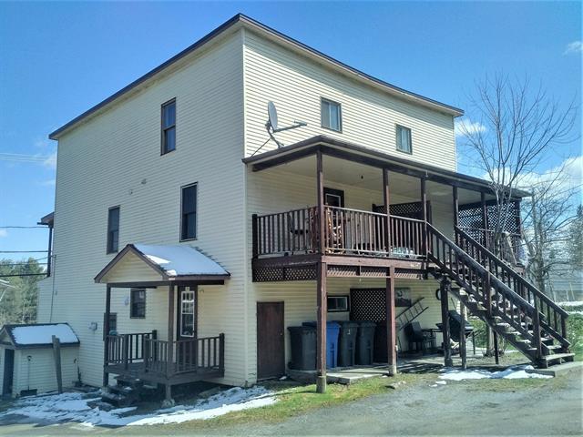 Quadruplex à vendre à Cookshire-Eaton, Estrie, 170 - 176, Rue  Bibeau, 17887670 - Centris.ca