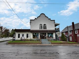 Triplex for sale in Danville, Estrie, 135 - 137, Rue  Daniel-Johnson, 23170205 - Centris.ca