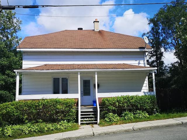 Maison à vendre à Alma, Saguenay/Lac-Saint-Jean, 235, Rue  Sacré-Coeur Ouest, 27707531 - Centris.ca