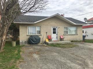 House for sale in Rivière-Bleue, Bas-Saint-Laurent, 44, Rue de la Frontière Ouest, 23514176 - Centris.ca