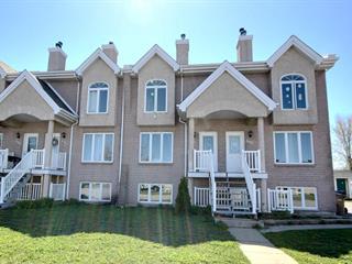Triplex à vendre à Laval (Saint-François), Laval, 643 - 647, Rue de la Joie, 10806791 - Centris.ca