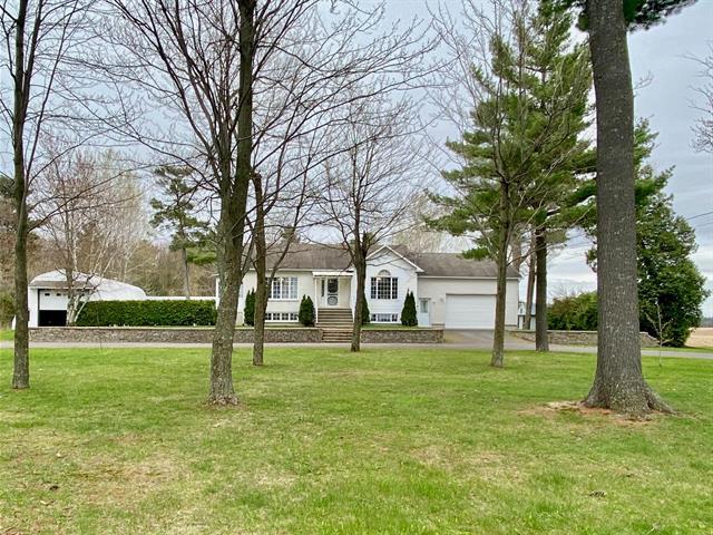 Hobby farm for sale in La Visitation-de-Yamaska, Centre-du-Québec, 172, Rang  Saint-Joseph, 25741558 - Centris.ca