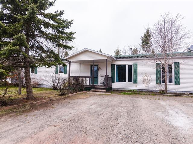 Mobile home for sale in Saint-Pascal, Bas-Saint-Laurent, 321, Avenue  Lajoie, 17756819 - Centris.ca