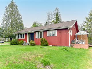 House for sale in Magog, Estrie, 717, Rue  Dezainde, 22938033 - Centris.ca