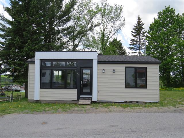 House for rent in Saint-Théophile, Chaudière-Appalaches, 476, Rue  Saint-François, 20638797 - Centris.ca