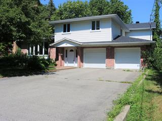 Maison à vendre à Baie-d'Urfé, Montréal (Île), 91, Rue  Victoria, 11631184 - Centris.ca