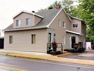 Duplex à vendre à Laval (Chomedey), Laval, 3958 - 3962, boulevard  Saint-Martin Ouest, 9415302 - Centris.ca