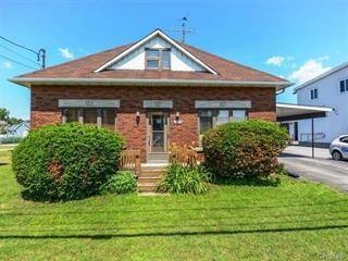 Maison à vendre à Salaberry-de-Valleyfield, Montérégie, 1005, boulevard  Monseigneur-Langlois, 25179919 - Centris.ca