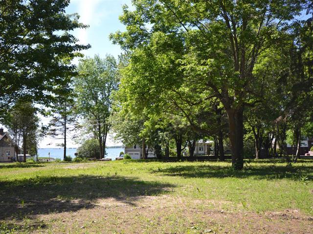 Terrain à vendre à Léry, Montérégie, 1334, Chemin du Lac-Saint-Louis, 26115702 - Centris.ca