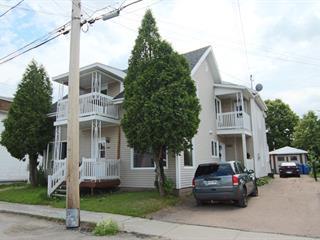 Duplex à vendre à Saguenay (Jonquière), Saguenay/Lac-Saint-Jean, 3661 - 3663, Rue  Saint-Louis, 15572997 - Centris.ca