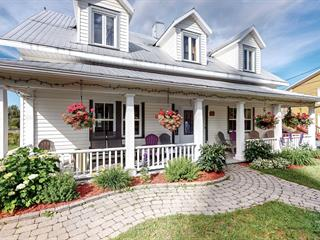 House for sale in Val-Brillant, Bas-Saint-Laurent, 2, Rue  Saint-Pierre Ouest, 25013485 - Centris.ca